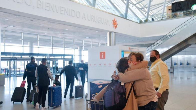 Se dispararon las solicitudes de ingreso excepcional a Uruguay a través de la web
