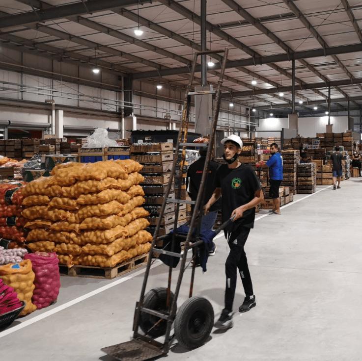Uruguay inauguró su moderno mercado de frutas y verduras