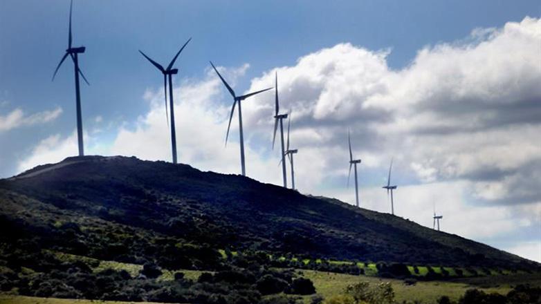 Uruguay lidera la transición energética latinoamericana y Suecia la mundial